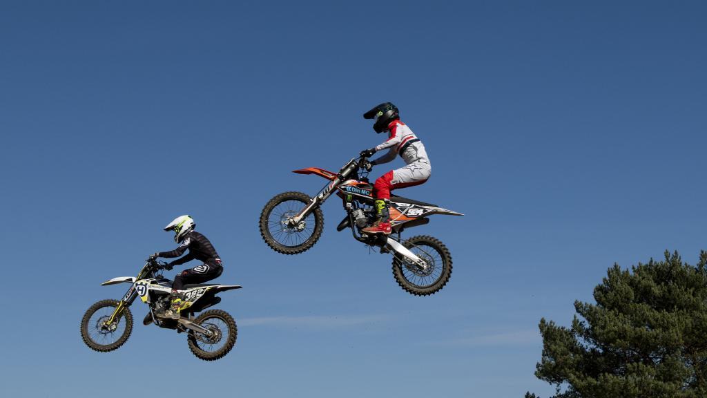 10.30: SM-serien i Motocross