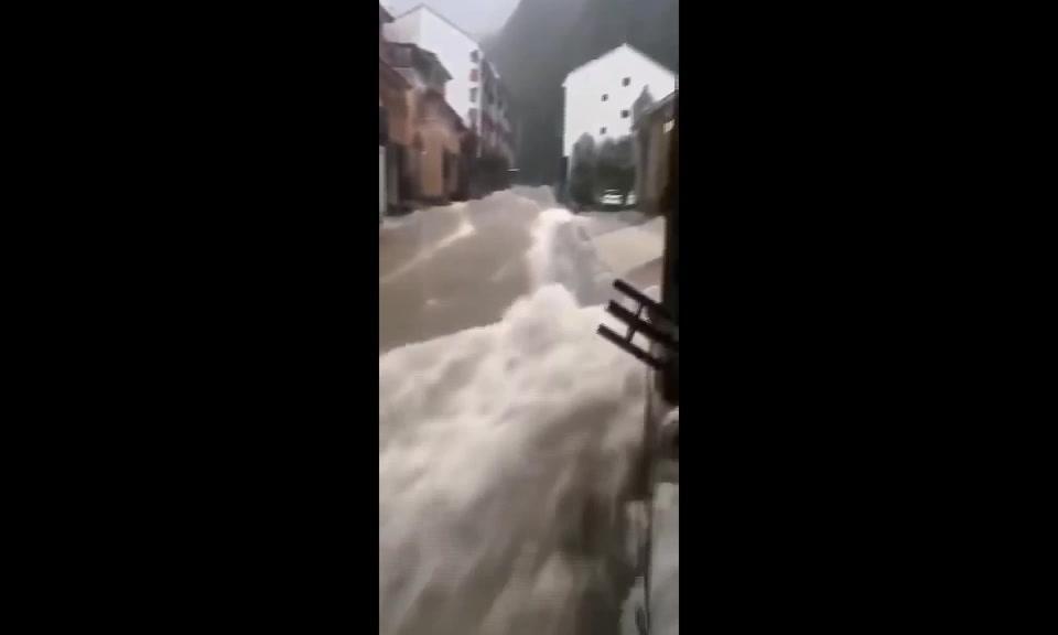 Oväder i Kina