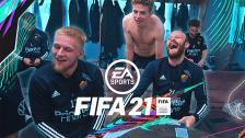 Laget reagerar på sina kort i FIFA 21