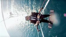 The Skywalk – galet seglingsstunt med Alex Thomson