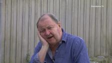 Roy Andersson berättar för Lars Erik Nyman om sitt liv och sina filmer